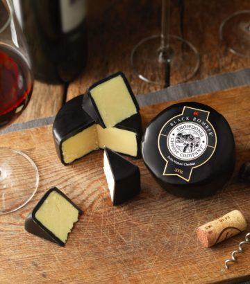 Black Bomber Cheese Red Wine UK