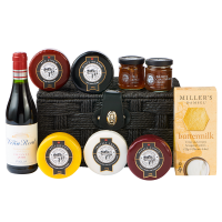 Deluxe cheese and red wine hamper - packshot